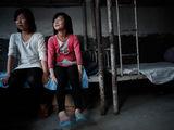 艾滋患病花季少女 被同学孤立没有玩伴